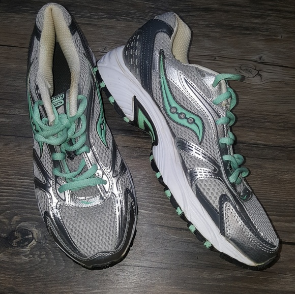 Saucony Oasis 9.5 ladies sneakers 2f1a871bf02